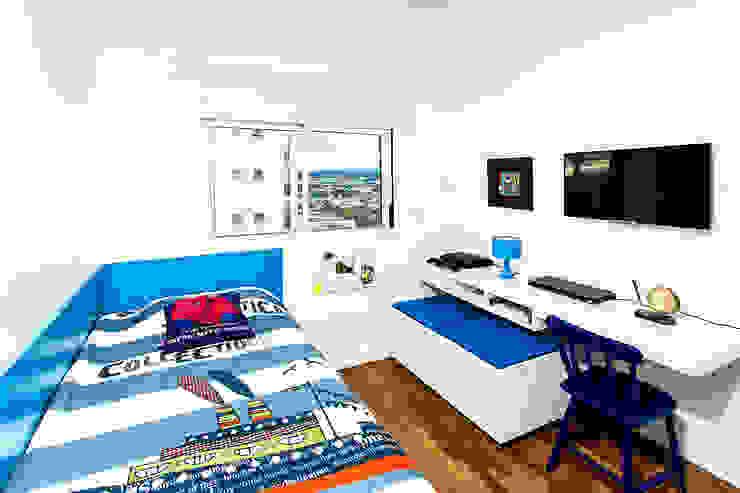 Raphael Civille Arquitetura Modern nursery/kids room