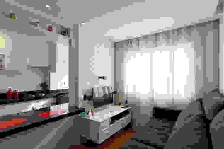 Raphael Civille Arquitetura Media room