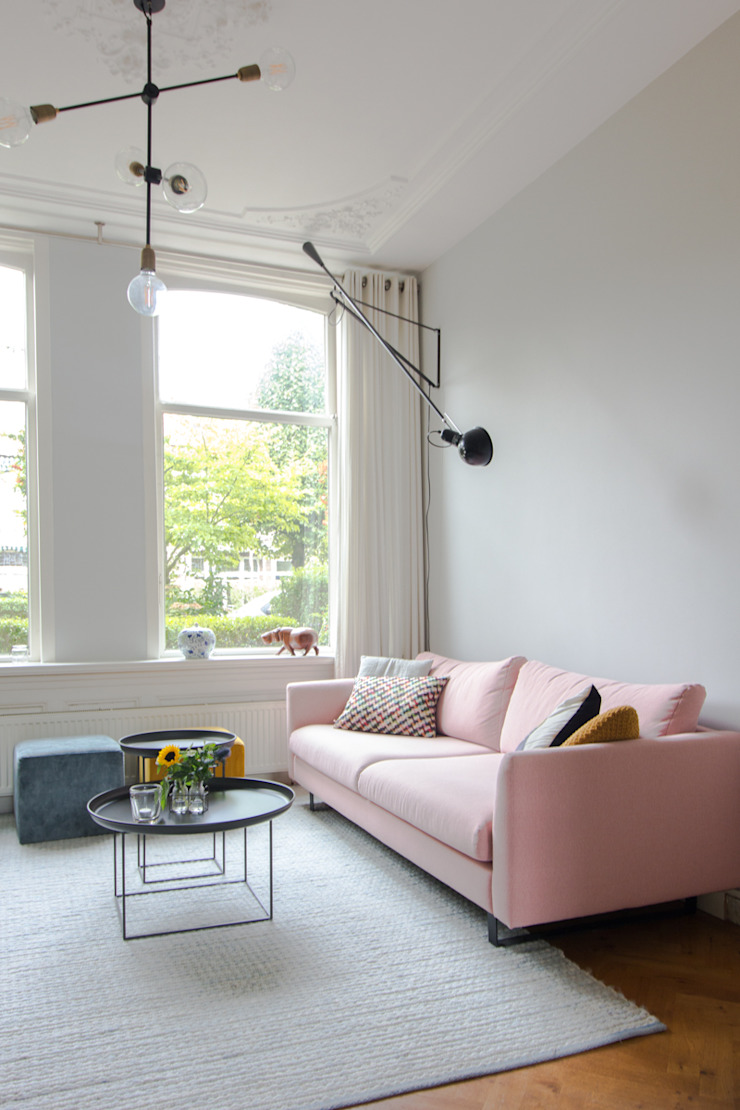 casa&co. Scandinavian style living room Pink