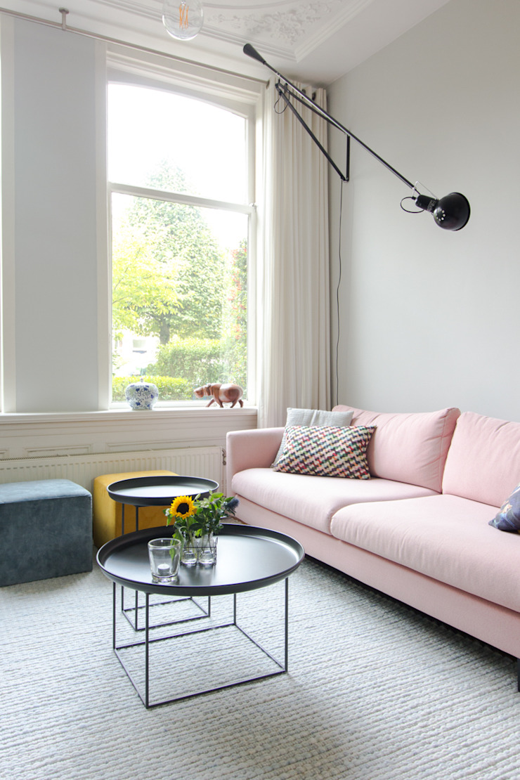 casa&co. Classic style living room Pink