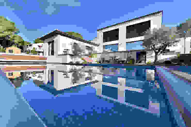 Villa Nages et Solorgues Brunel Architecture Maisons méditerranéennes