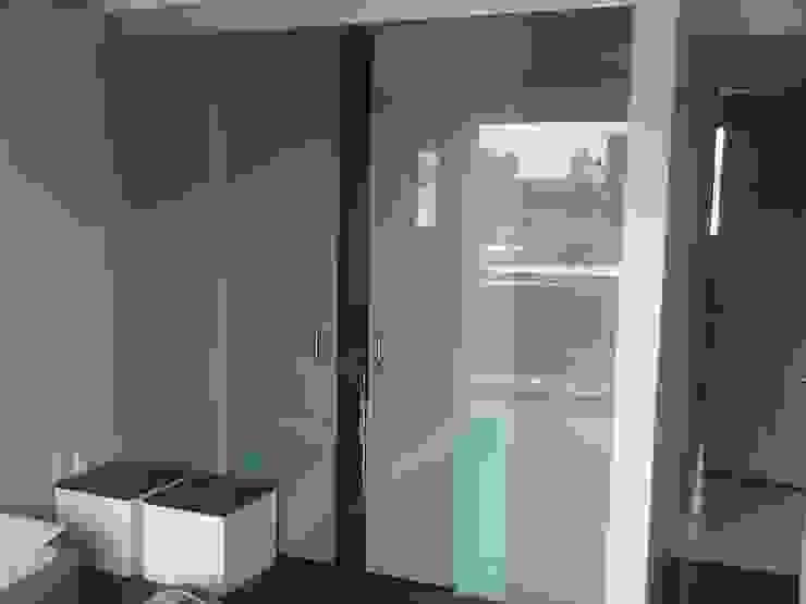 PUERTA CORREDIZA Merkalum Puertas interiores Vidrio Transparente