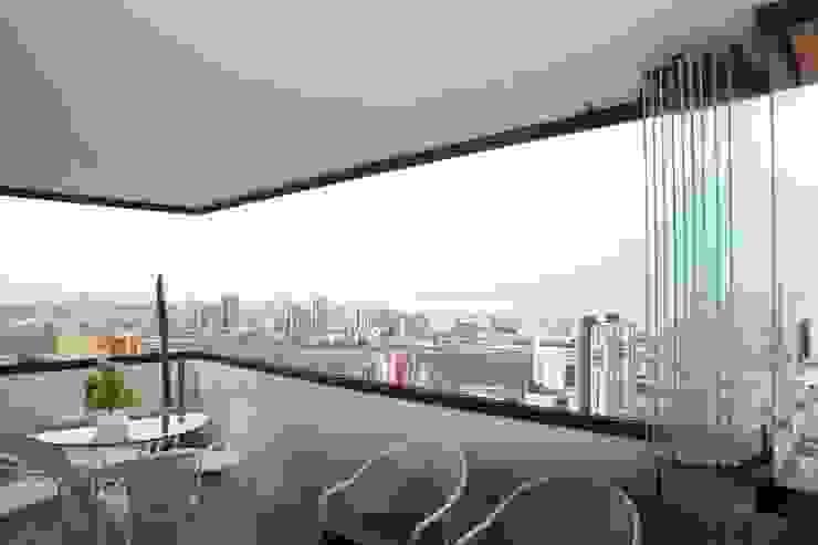 Sistema apilable Merkalum Balcón Vidrio Transparente