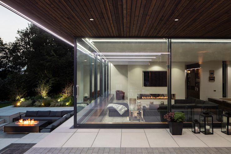 Exterior (Night) Clear Architects Modern balcony, veranda & terrace