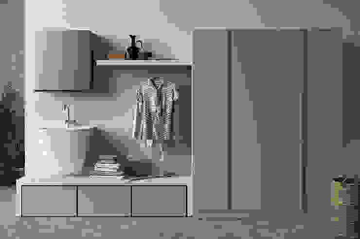 Lavanderia con armadio porta lavatrice e asciugatrice in colonna TopArredi Bagno moderno