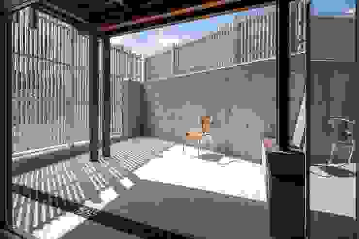 有限会社アルキプラス建築事務所 Asian style gardens