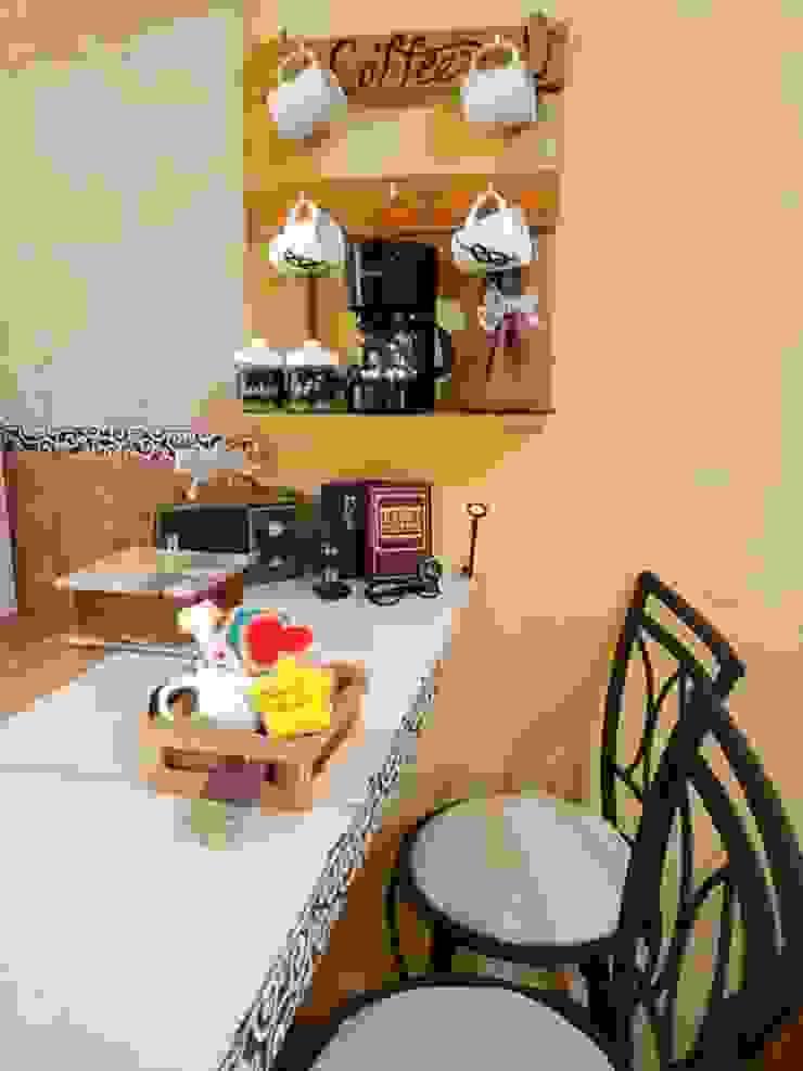 Decoraciones y Manualidades Coshita Negozi & Locali Commerciali Legno Effetto legno