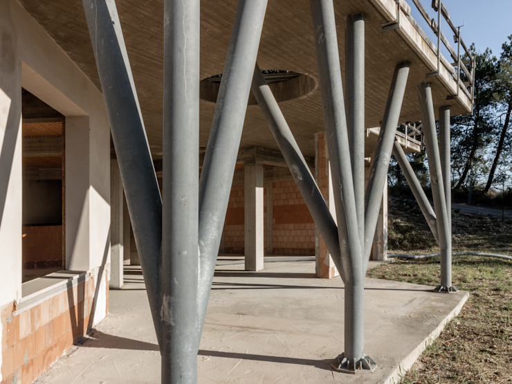 Vista PORTICATO ESTERNO della proprietà in costruzione, VENDUTA PROPERTY TALES Villa
