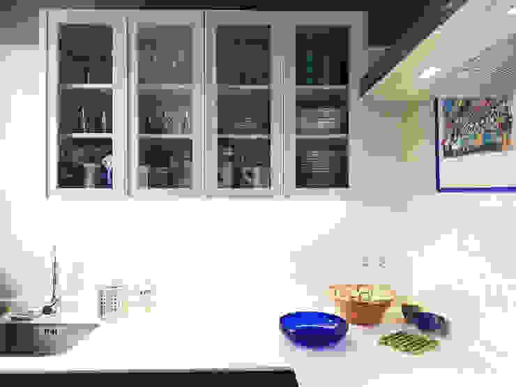 Cocina Simona Garufi Cocinas de estilo moderno