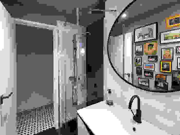 Baño Simona Garufi Baños de estilo moderno
