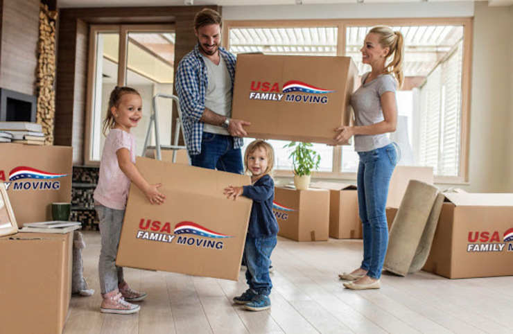USA Family Moving & Storage Ruang Ganti Gaya Country