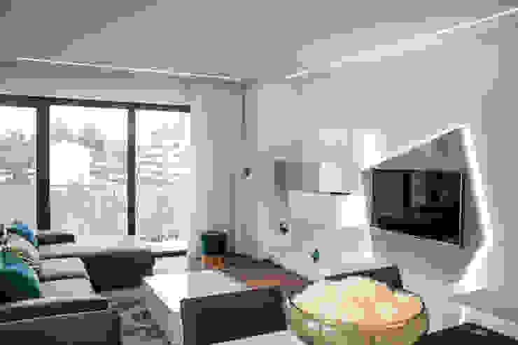 Plan-C Technologies Lda Modern living room