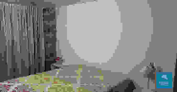 Obr&Lar - Remodelação de Interiores BedroomWardrobes & closets Chipboard Beige
