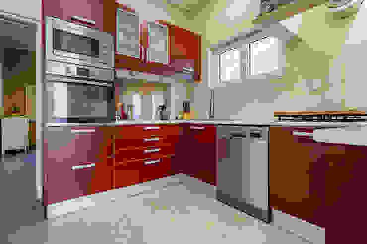 Janine Martins - Consultora Imobiliária   Arquitecta   Home Staging Dapur built in