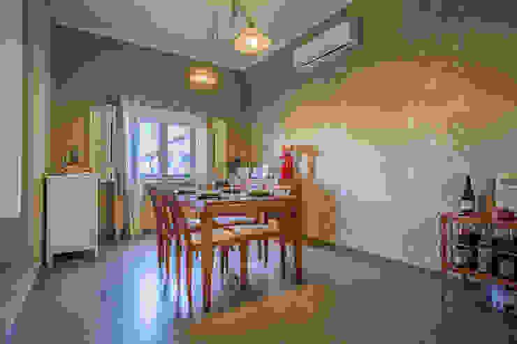 Janine Martins - Consultora Imobiliária   Arquitecta   Home Staging Ruang Makan Modern