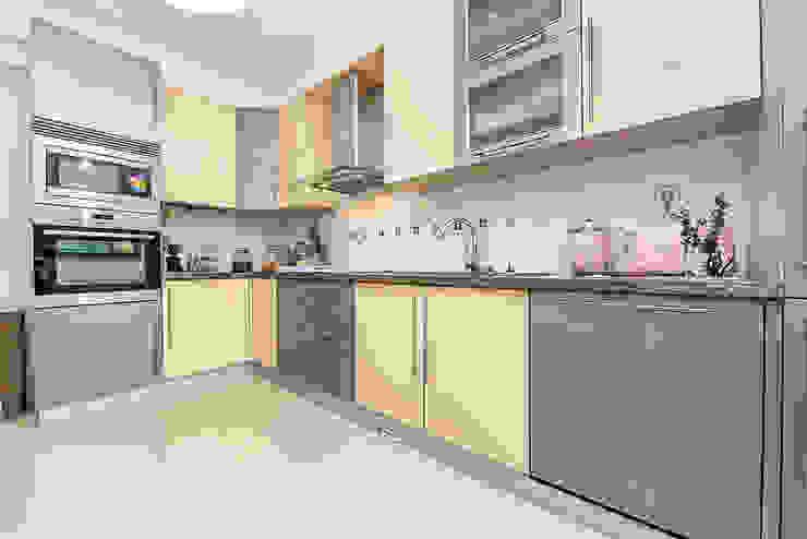 Cozinha Janine Martins - Consultora Imobiliária | Arquitecta | Home Staging Cozinhas modernas