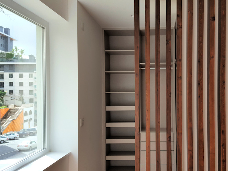 ARCHDESIGN LX Modern dressing room Solid Wood Wood effect