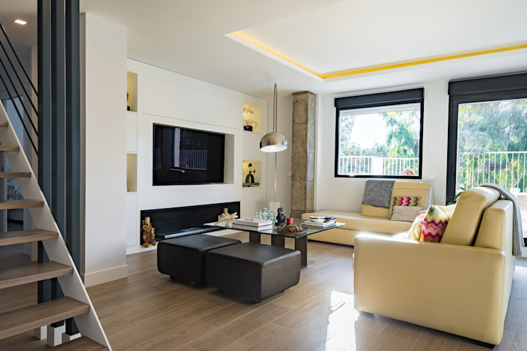 NEXUM ADAPTA SL Modern living room Wood Wood effect