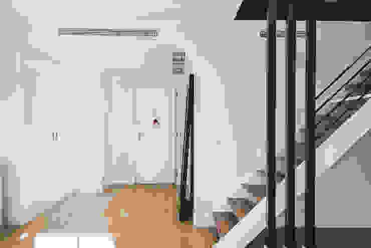 NEXUM ADAPTA SL Stairs Wood Black