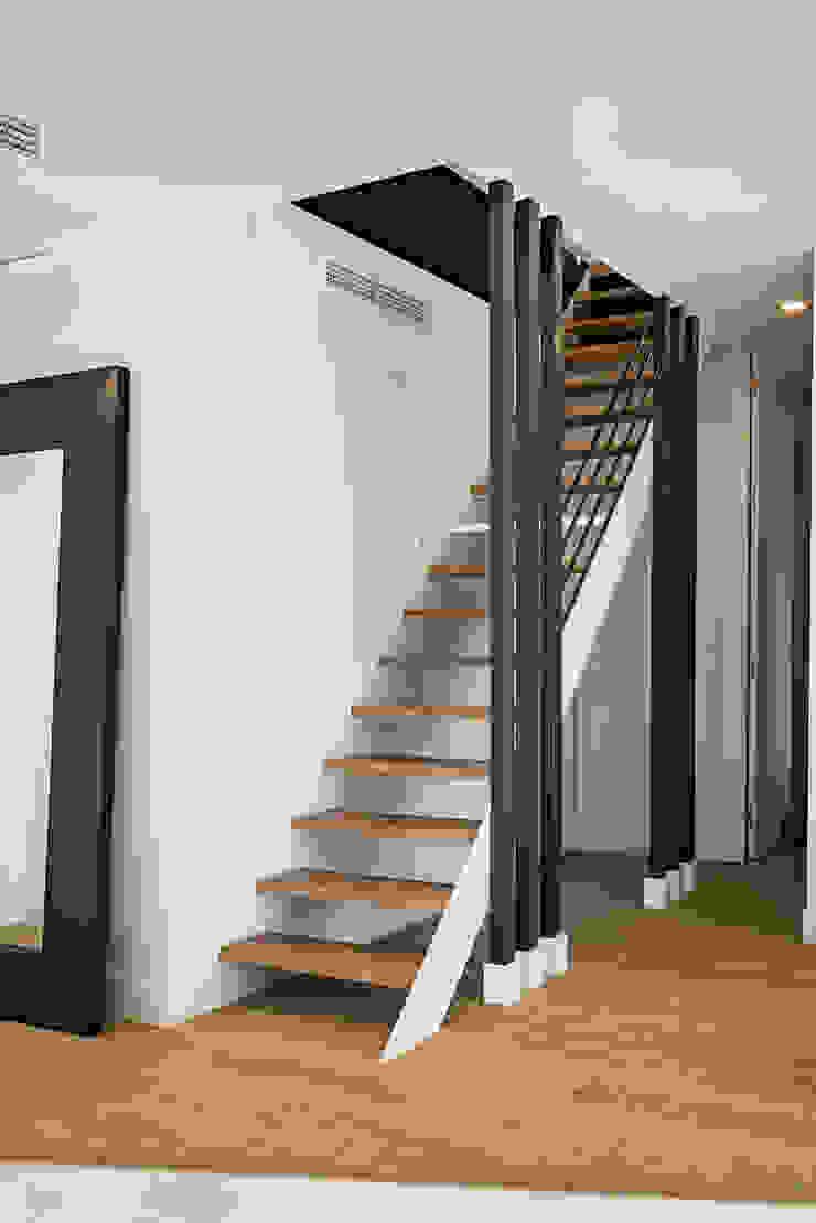 NEXUM ADAPTA SL Stairs