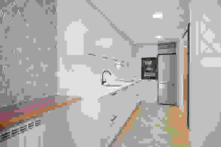 NEXUM ADAPTA SL Built-in kitchens