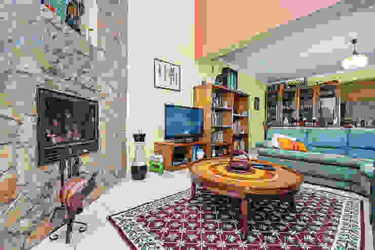 Janine Martins - Consultora Imobiliária | Arquitecta | Home Staging Ruang Keluarga Klasik