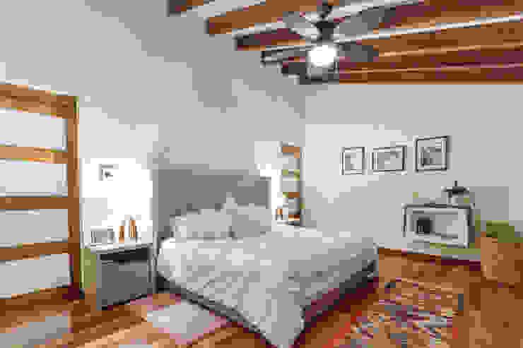 SANTIAGO PARDO ARQUITECTO Camera da letto in stile classico