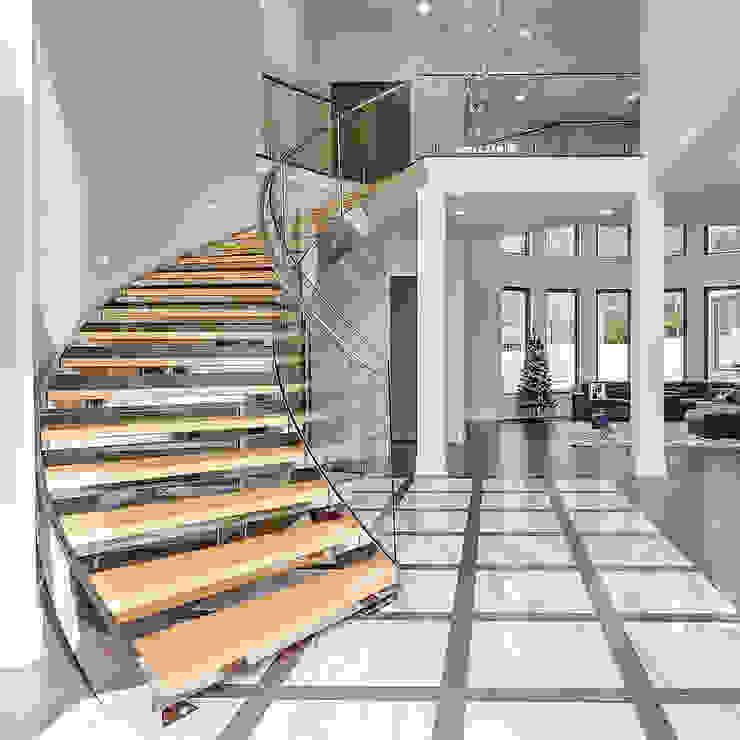 كاسل للإستشارات الهندسية وأعمال الديكور والتشطيبات العامة Corridor, hallway & stairsStairs Aluminium/Zinc Turquoise
