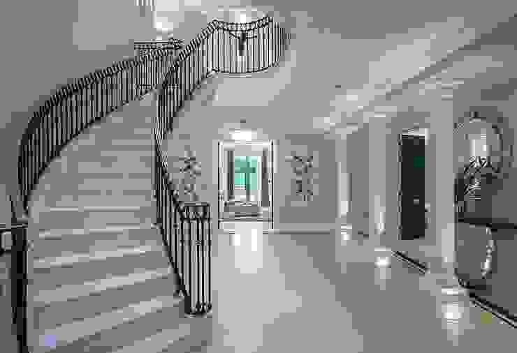 كاسل للإستشارات الهندسية وأعمال الديكور والتشطيبات العامة Corridor, hallway & stairsStairs Synthetic Multicolored