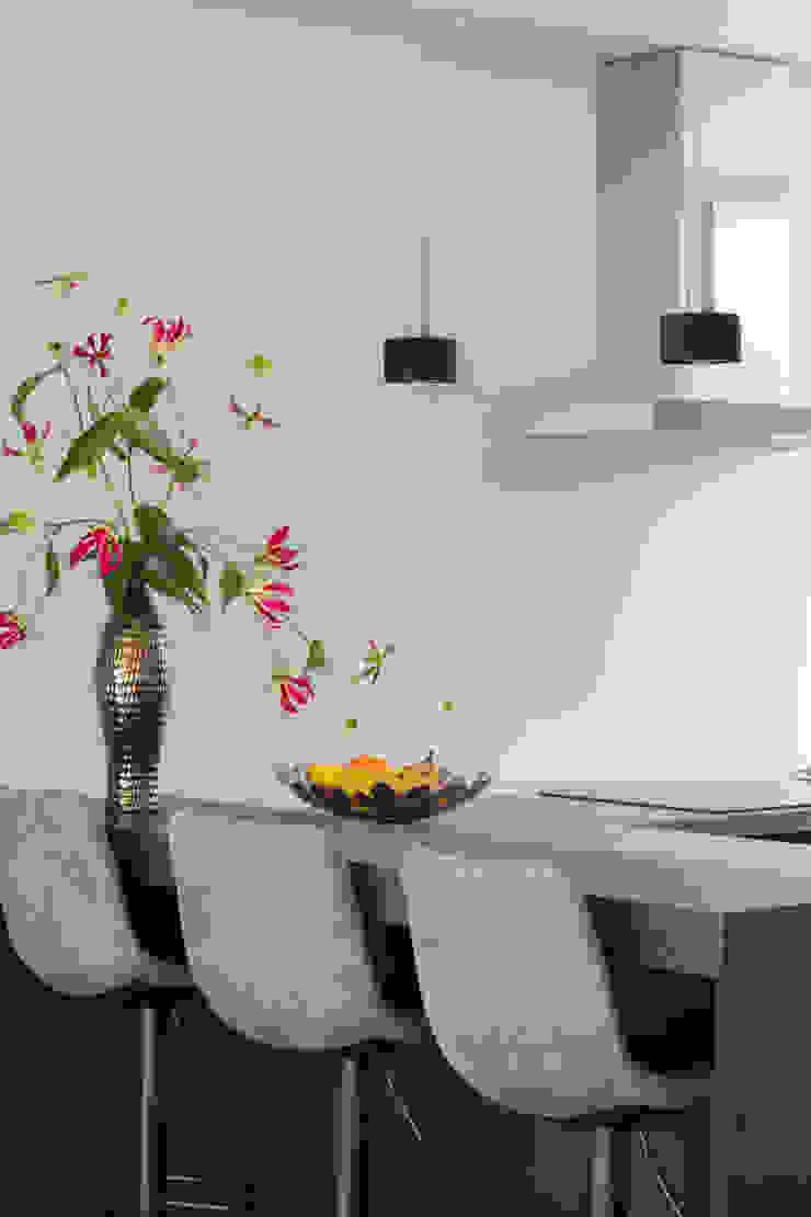 casa&co. Modern kitchen
