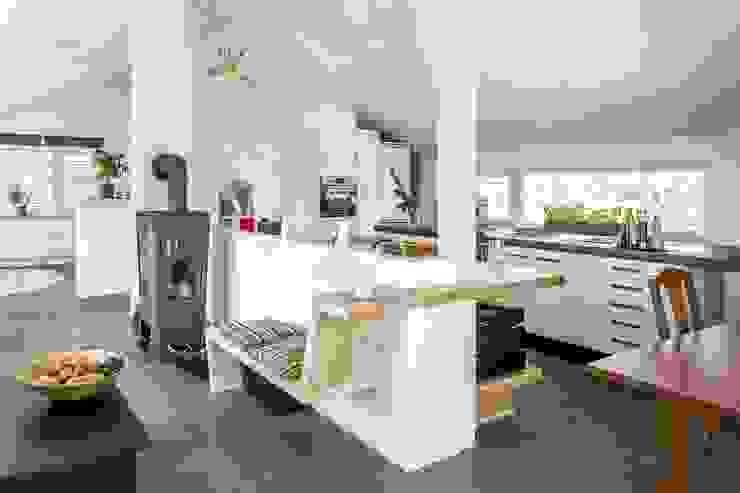 Regnauer Vitalhaus Waakirchen Regnauer Hausbau Moderne Wohnzimmer