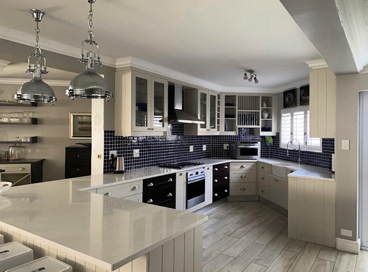 Renovation of an old holiday home into a permanent residence in Walker Bay CS DESIGN Modern Kitchen