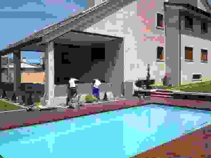 ARDEIN SOLUCIONES S.L. Modern Pool Concrete Turquoise