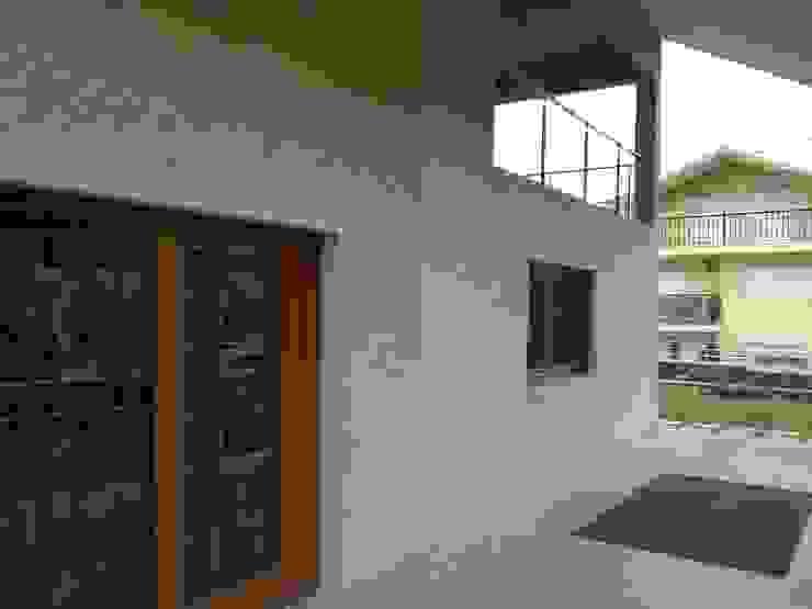 ARDEIN SOLUCIONES S.L. Single family home Granite Brown