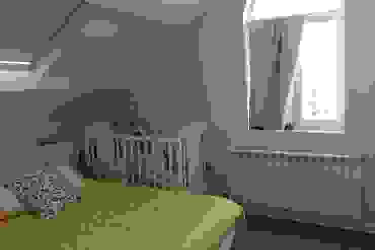 ARDEIN SOLUCIONES S.L. Scandinavian style bedroom White