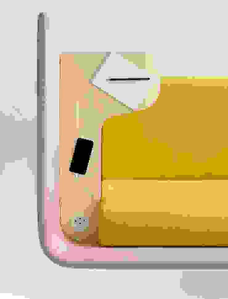 Floater Sofa & Sessel COR Sitzmöbel Helmut Lübke GmbH & Co. KG ArbeitszimmerSchreibtische
