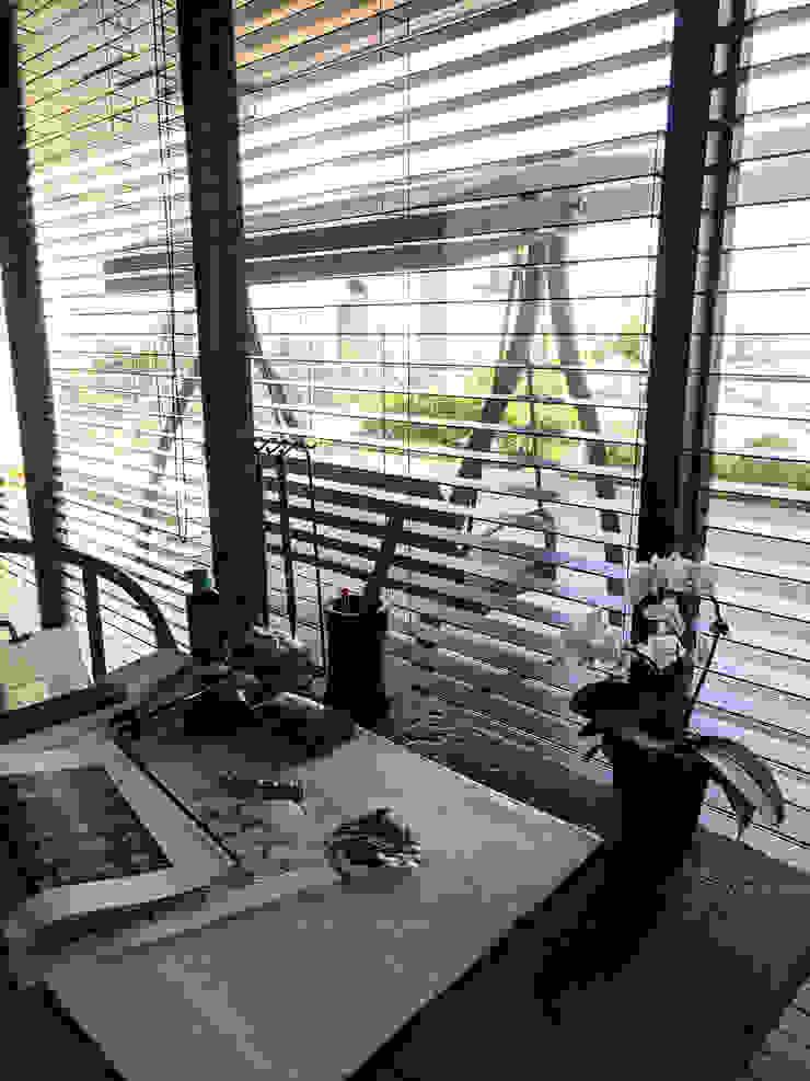雲影徘徊的書香天地|百葉簾 MSBT 幔室布緹 Study/office Wood Wood effect