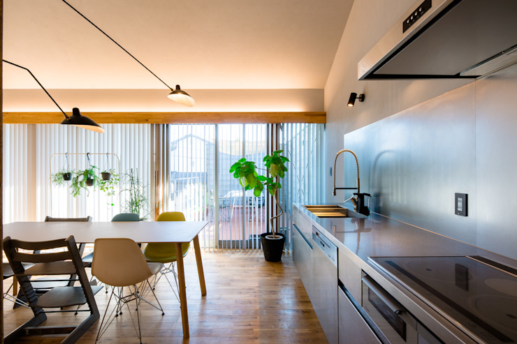 株式会社長野聖二建築設計處 Cocinas de estilo moderno