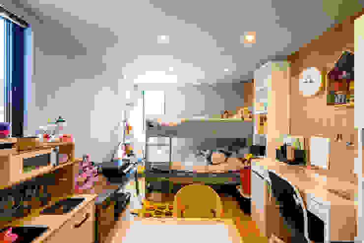 株式会社長野聖二建築設計處 Dormitorios infantiles de estilo moderno