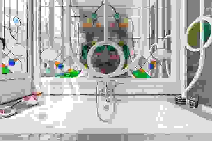Baño clásico QR+P arquitectura Baños de estilo clásico Blanco