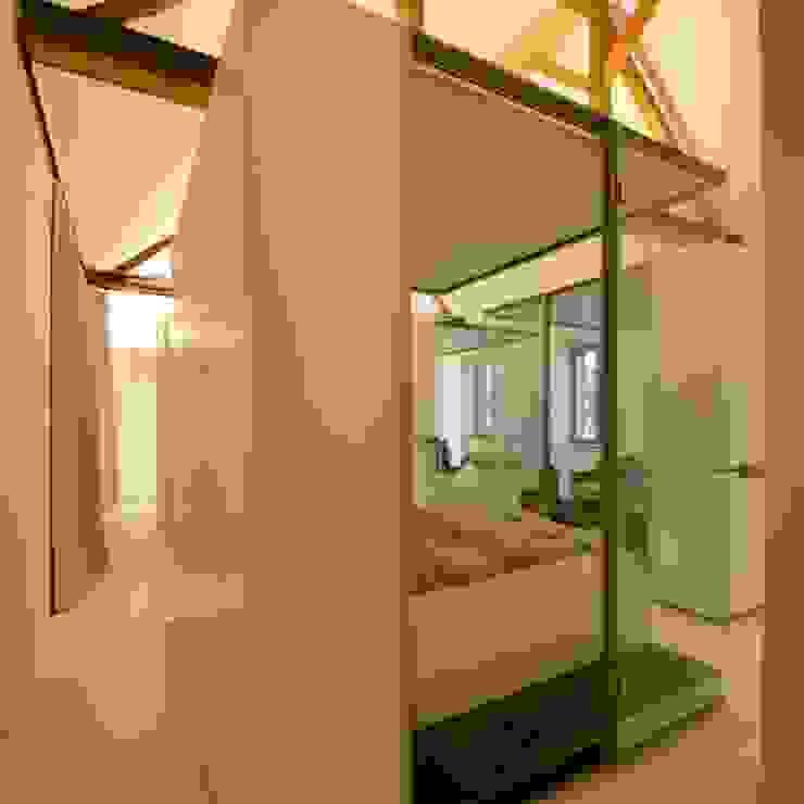 3rdskin architecture gmbh 臥室床與床頭櫃 White
