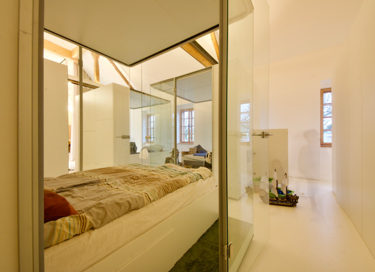 3rdskin architecture gmbh Small bedroom