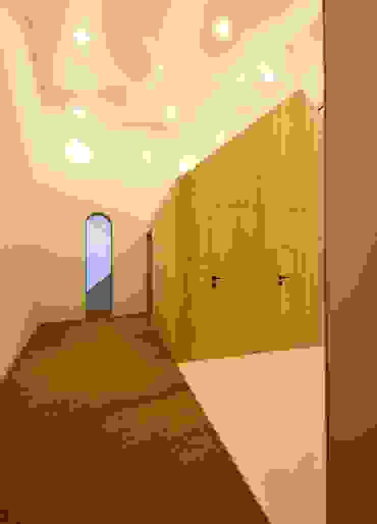 3rdskin architecture gmbh 隨意取材風玄關、階梯與走廊