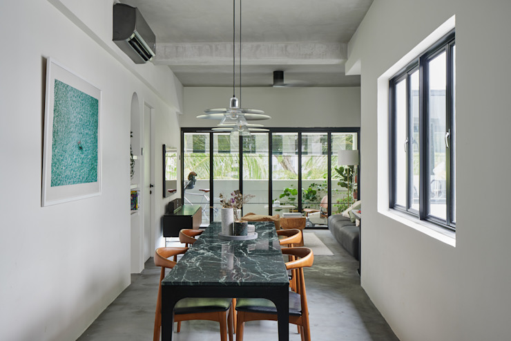 Moh Guan Eightytwo Modern dining room