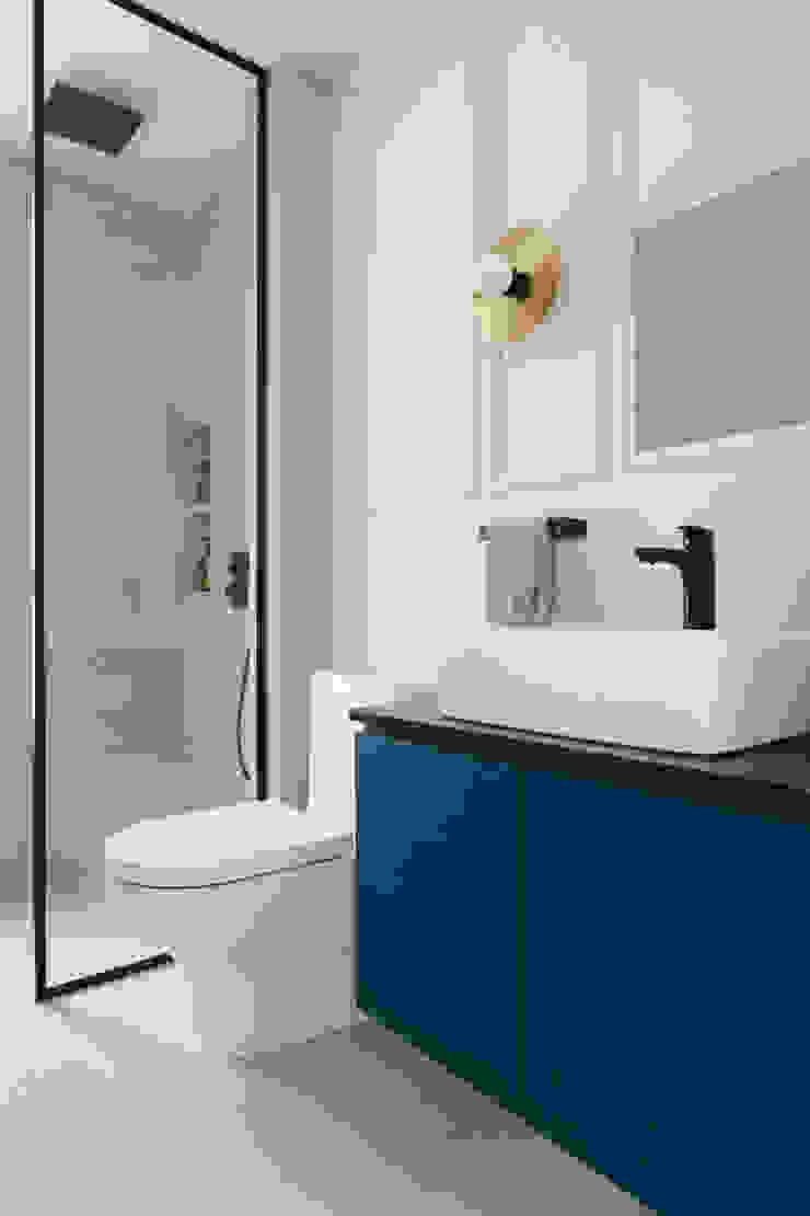 Quinterra Eightytwo Modern bathroom