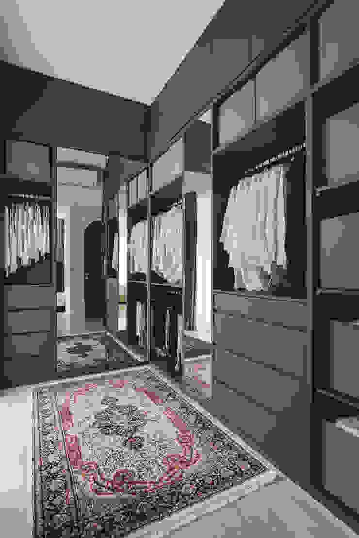 Quinterra Eightytwo Modern style bedroom