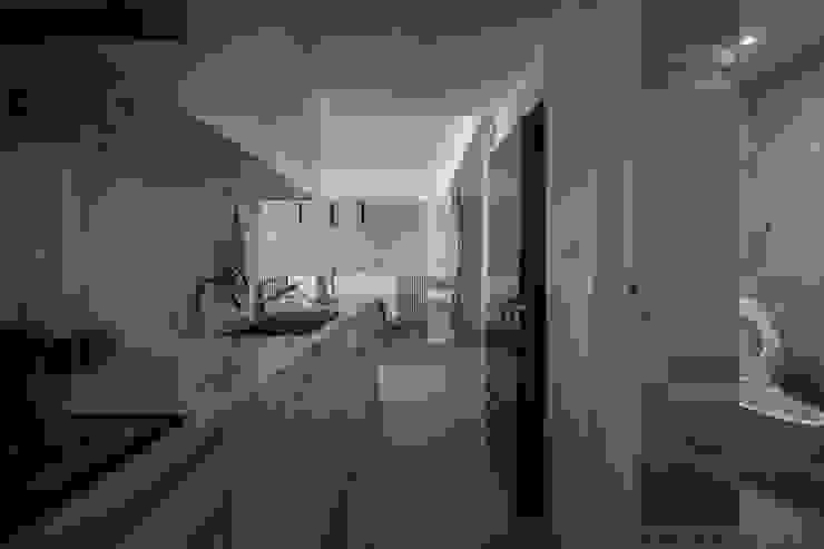 樓中樓 | 開放式廚房 有隅空間規劃所 Kitchen Quartz White