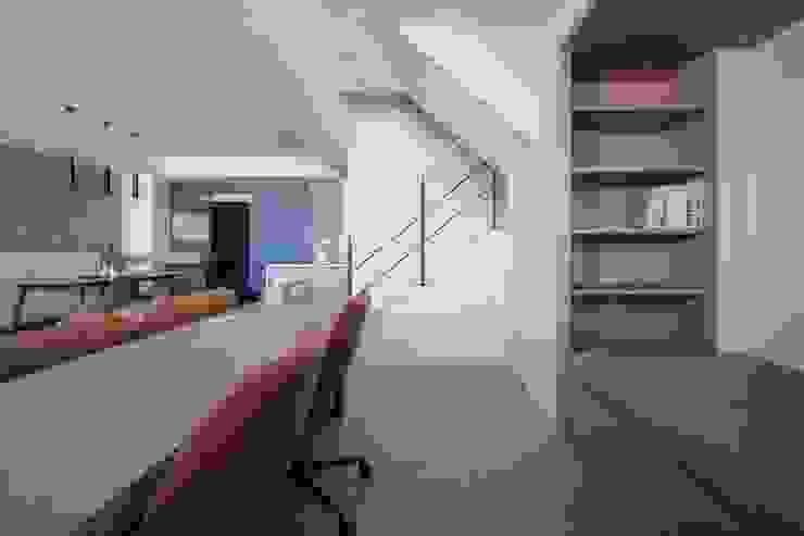 樓中樓 | 開放式書房 有隅空間規劃所 Study/office Wood White