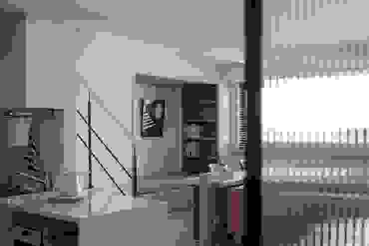 樓中樓 | 開放式書房 有隅空間規劃所 Scandinavian style corridor, hallway& stairs Wood White