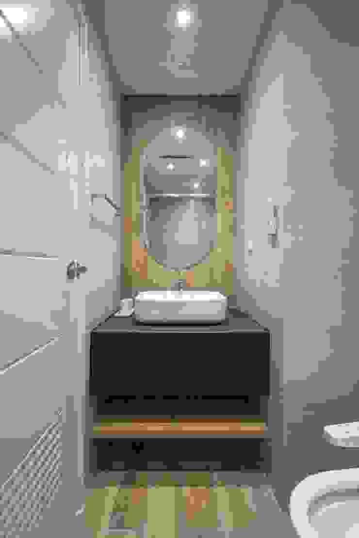 樓中樓 | 2F 小孩房浴室 有隅空間規劃所 Scandinavian style bathroom Tiles Grey